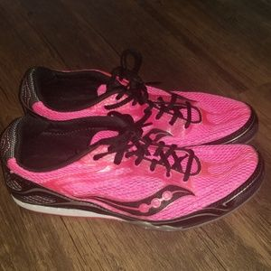 Saucony Velocity 4 women's track shoes size 7